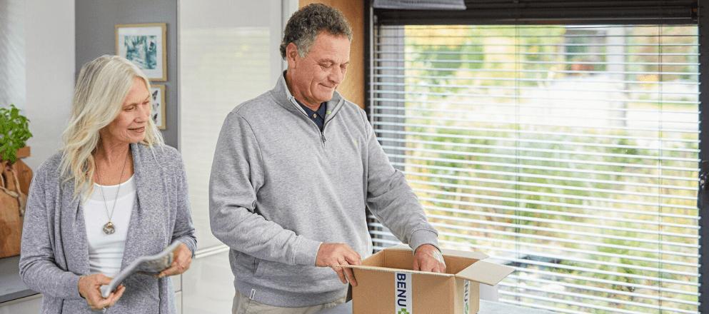 Oudere vrouw met medicijnen